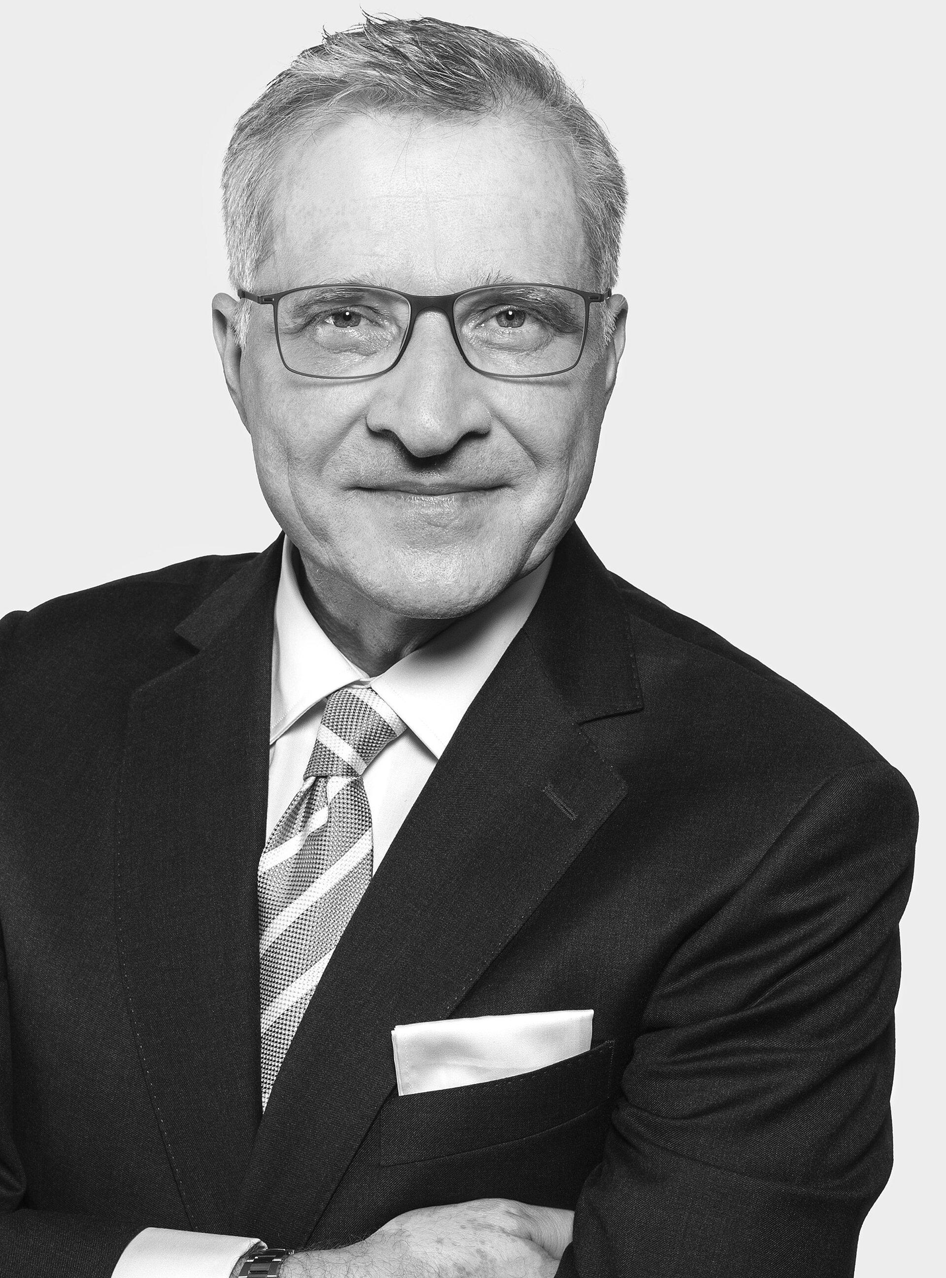 Dr. Olaf  Kreißl