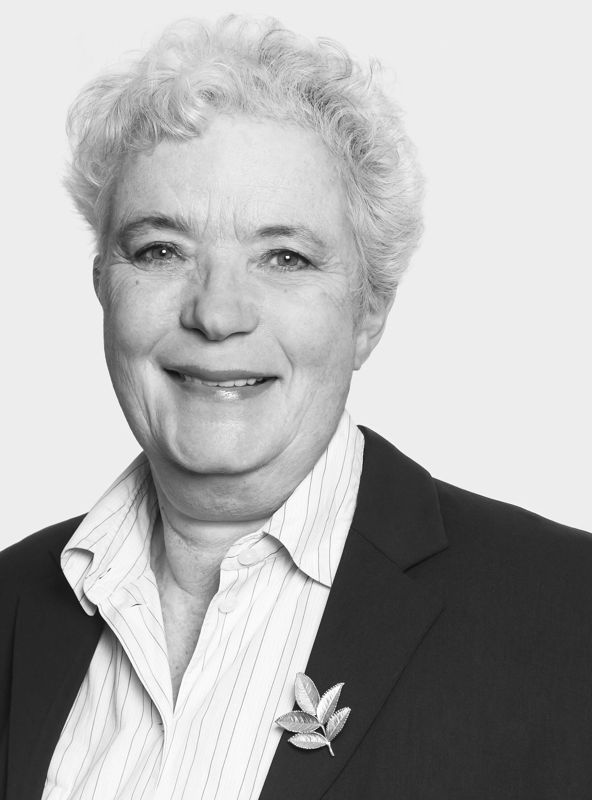 Dr. Tatjana  Schroeder