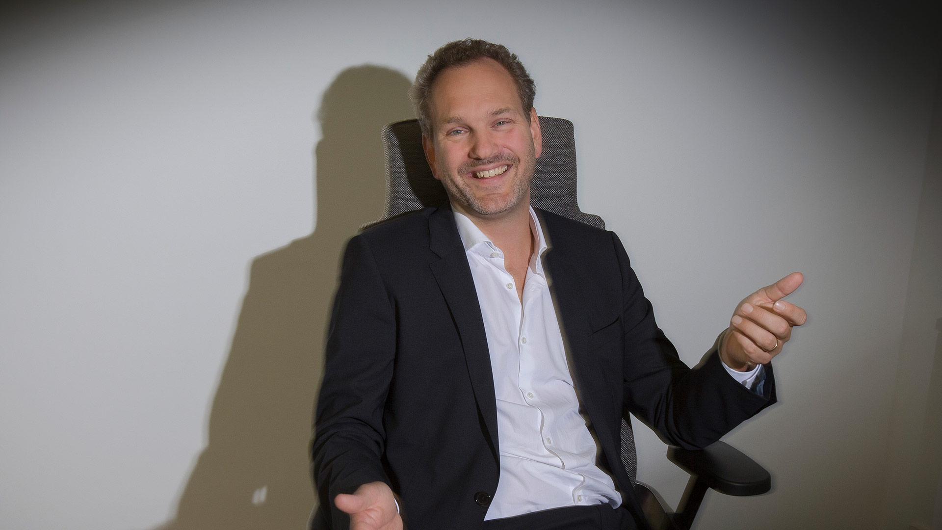 Dr. Martin  Diesbach