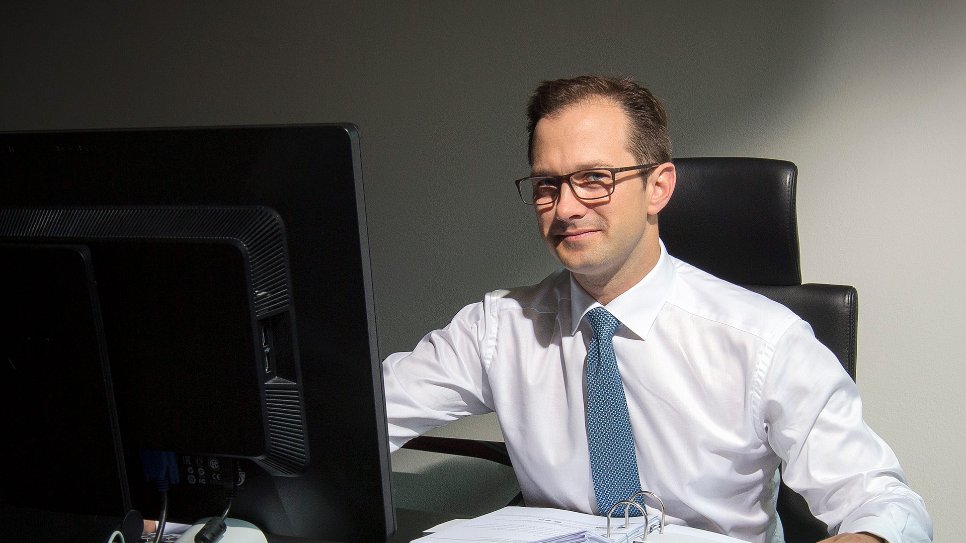 Dr. Kolja  Petrovicki