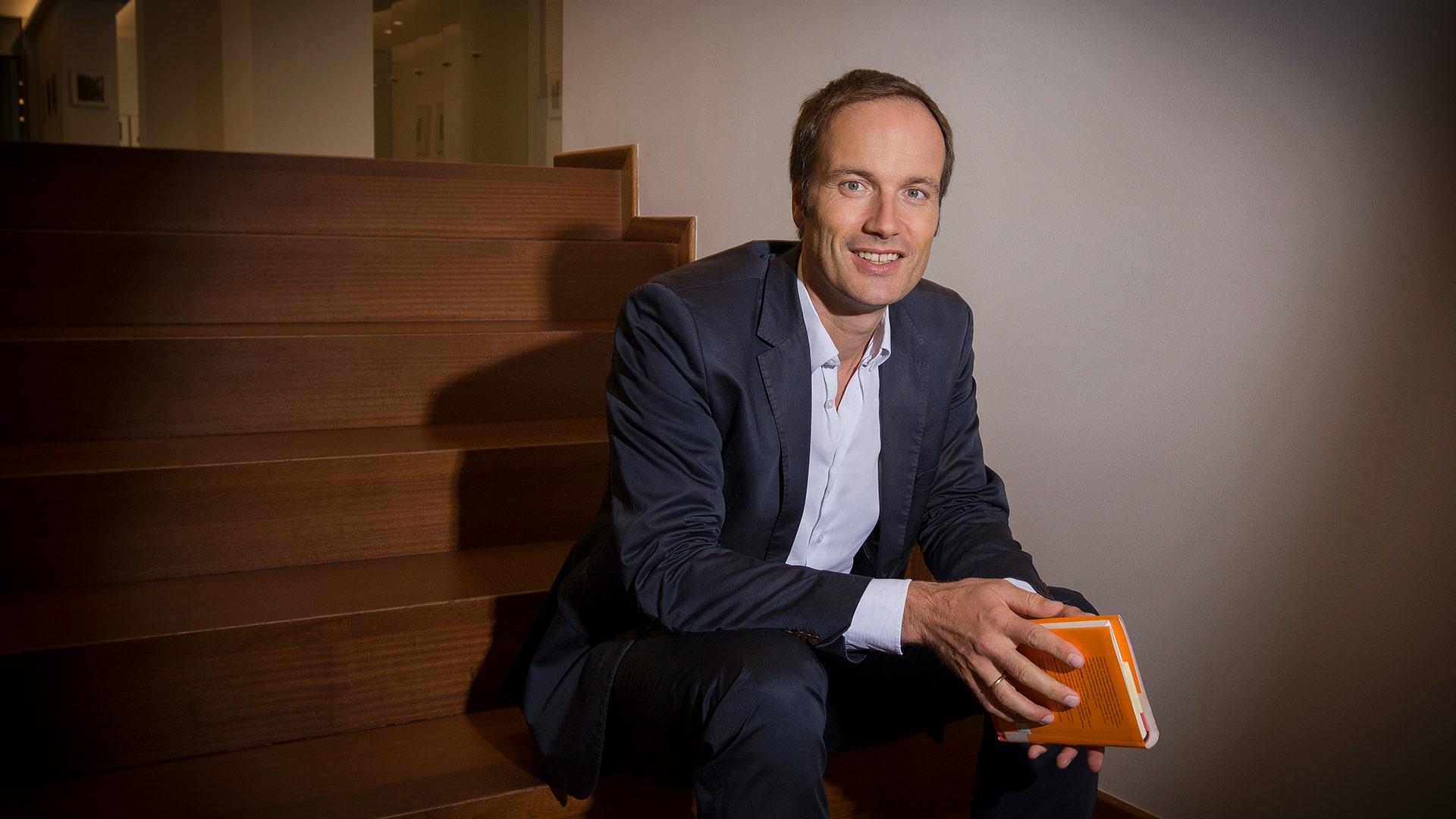 Dr. Konstantin  Wegner